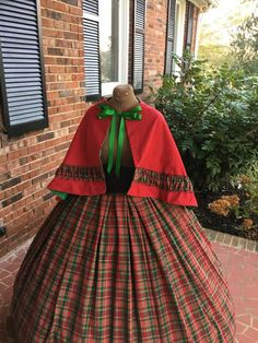 100% Cotton Civil War Dress/Dickens costume/Victorian dress. http://www.cumberlandriversutlery.com/ms-clauschristmasholiday-gowns.html