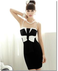 Material: Cotton Spaghetti Strap Square Collar Above the knee Size Small-Large