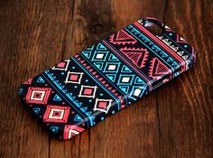 Aztec Retro Geometric