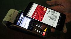 Google запустила Android Pay вРоссии. Наконец-то http://itzine.ru/news/tech/android-pay.html  Google официально запустила вРоссии платежную систему Android Pay. Владельцы смартфонов споддержкой NFC иоперационной системой Android 4.4 ивыше могут скачать приложениевGoogle Play. Платежная система Google Pay впервые была запущена всентрябре 2015 года на территории США. Стех пор платежная система стала официально доступна веще нескольких странах, Российская Федерация стала одиннадцатой…