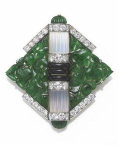 An art deco jadeite jade, moonstone, black onyx and diamond brooch, Mauboussin, Jade Jewelry, Metal Jewelry, Jewelry Art, Antique Jewelry, Vintage Jewelry, Jewelry Design, Bijoux Art Deco, Art Nouveau Jewelry, Boutiques