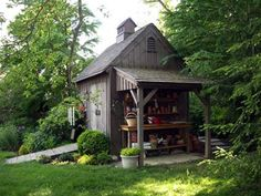 Nice shed with attached potting bench with cover. Also note the double doors and ramp. shed design shed diy shed ideas shed organization shed plans Outdoor Sheds, Outdoor Spaces, Outdoor Living, Indoor Outdoor, Garden Cottage, Home And Garden, Dream Garden, Diy Garden, Living Haus
