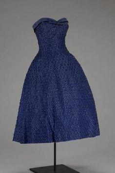 """""""Soiree De New York"""" Evening Dress Christian Dior Fall-Winter 1955"""