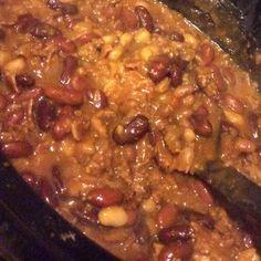 Hamburger Salad Onion Recipes, Bean Recipes, Salad Recipes, Dog Food Recipes, Dinner Recipes, Hamburger Salad Recipe, Slow Cooker Beans, Liver And Onions, Zesty Sauce