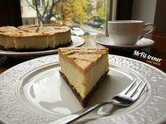 SERNIK JAGLANY Z POLEWĄ Z MASŁA ORZECHOWEGO Lchf, Keto, French Toast, Cheesecake, Breakfast, Food, Morning Coffee, Cheesecakes, Essen