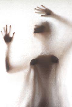 Sería menos intenso el dolor si tuviéramos una segunda piel? / by Elisenda Soler Ruiz