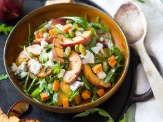Gegrillte Nektarinen und Süßkartoffel-Salat   repinned by @hosenschnecke♡
