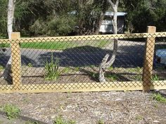 Feature Fencing - Brush, Custom, Gates, Merbau, Paling, Picket, Pool & Balustrading, Retaining Walls and Wire