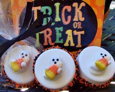 TRICK OR TREAT CANDY ($5 GC) GIFT PRIZE CAULDRON~ DONATE 1 / GET 1 by Treasure Kelly on Etsy