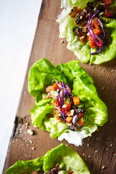 Making these babies for dinner tonight! Asian mushroom lettuce wraps with crunchy slaw and roasted cashews. And perfect for our tofu-phobic friends. Lettuce wraps for everyone by naturalgirlmodernworld Wrap Recipes, Lunch Recipes, Vegetarian Recipes, Healthy Recipes, Vegan Vegetarian, Simple Recipes, Vegan Food, Healthy Baking, Healthy Foods To Eat