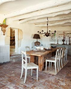 Rural shabby chic in Provence « 1 Kind Design Country Farm Kitchen, Country Stil, Rustic Kitchen, French Country, Country Decor, French Kitchen, Modern Country, Brick Flooring, Kitchen Flooring
