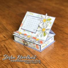 Daisy Delight Bundle by Stampin' Up! Used to Create an Easel Desktop Calendar with Drawer for Thursday Feature at Stampin' Hoot! by Stesha Bloodhart Desktop Calendar, Diy Calendar, Desk Calendars, Calendar Notes, Craft Fair Ideas To Sell, Peppa E George, Design Bauhaus, 3 D, Creative Calendar