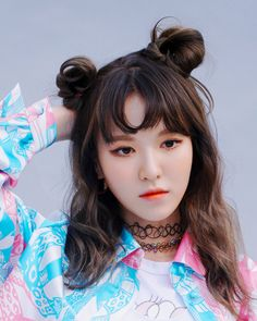 This is a picture of Wendy from the Kpop girl band Red Velvet. Seulgi, Kpop Girl Groups, Korean Girl Groups, Kpop Girls, K Pop, Lisa Black Pink, Moda Pop, Red Valvet, Wendy Red Velvet