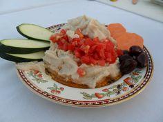 פאטה (ממרח) שעועית בליווי רוטב סלסה עגבניות - ציונה מלמן - שפית אוכל בריא ומנחה סדנאות בישול ואורח חיים בריא
