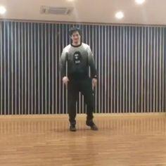 CNBLUE Jonghyun dancing to TT @cnbluegt #TWICE #knockknock #Once #Twiceland  #oneinamillion  #Jypentertainment #Tzuyu #Mina #Sana #Momo #Jihyo #chaeyoung #Nayeon #Jeongyeon #Dahyun  #170313#1YearWithTwice #jypnation #twicenation  #TwiceLovers  #twicecoaster  #Twicecoasterlane1 #TT #TwiceJyp #Jype #notzuyunolife #Jyptwice #twicecoasterlane2 #Twicett
