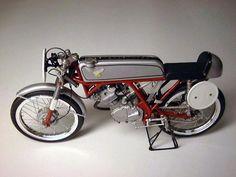 Honda Motorcycles, Vintage Motorcycles, 125cc, Honda Motors, Super Bikes, Motorbikes, Bicycle, Racing, Classic