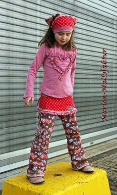 Mallofactor. Love those trousers