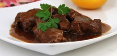 Wildschweinragout in Portweinsoße Food And Drink, Meat, Desserts, Winter, Party, Christmas, Grandma's Recipes, Chef Recipes, Easy Meals