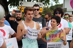 Schio contro l'Omofobia 17 Agosto 2014 - Manifestazione contro la presenza di Luca di Tolve al Meeting dei Giovani