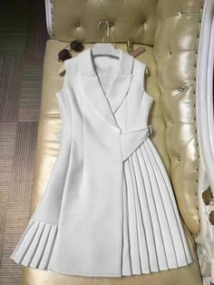 Runway Dress High Quality Women Vestidos Sleeveless Notched Collar Pleated Summer Dresses - New Fashion Trendy Dresses, Casual Dresses, Girls Dresses, Mini Dresses, Party Dresses, Short Dresses, Wedding Dresses, New Fashion, Fashion Outfits