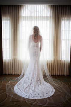 Pretty BERTA bride <3 Elegant & Glamorous Destination Wedding on Borrowed & Blue.  Photo Credit: Limelight Photography