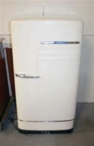 We had this Refrigerator in our home when I was a child