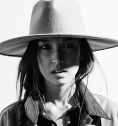 That Kind Of Woman  So into hats for spring! Keep away those April showers but far chicer than an umbrella!
