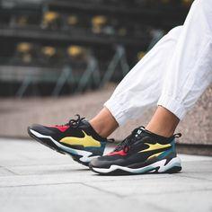 """6a6e26c4a Le site de la sneaker on Instagram  """"La Puma Thunder Spectra sera dispo dès  ce vendredi soir 👀 Voir story du jour pour les retailers 📸  morprime"""""""
