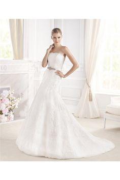 Trumet Mermaid Strapless Vintage Lace Wedding Dress With Crystal Sash