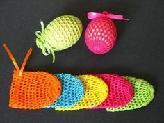 Easter is fast approaching and kids would be so much interested and eagerly waiting to prepare crafts for Easter. This year as of Easter falls on Crochet Diy, Crochet Home, Crochet Crafts, Crochet Projects, Easter Activities, Easter Crafts For Kids, Spring Crafts, Holiday Crafts, Confection Au Crochet