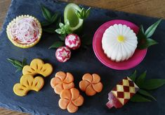 Japanese Dinner, Japanese Food, New Year Table, Food Carving, Sushi Design, Food Decoration, Fruit And Veg, Bento, Asian Recipes