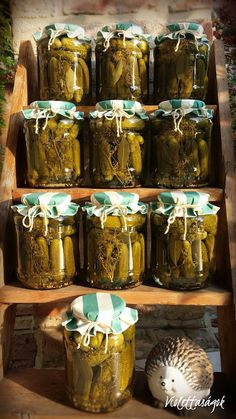 Savanyú uborka Pickling Cucumbers, Fermented Foods, No Bake Cake, Preserves, Pickles, Food And Drink, Veggies, Homemade, Cooking