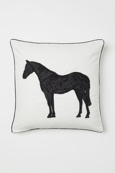 Cushion cover in cotton velvet with an embroidered motif at front and contrasting trim. Concealed zip at back. Home Interior Accessories, Room Interior, Contemporary Family Rooms, Marble Candle, Large Jewelry Box, Satin Sheets, H&m Home, Quilted Bedspreads, Velvet Cushions
