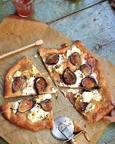 Pizza with Fresh Figs, Ricotta, Thyme, and Honey (just needs walnuts added... maybe a touch of blue or gorganzola cheese)