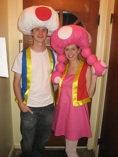 Summer at Grandma's House: Toad and Toadette Halloween Mario Halloween Costumes, Group Halloween Costumes For Adults, Halloween Fancy Dress, Diy Costumes, Adult Costumes, Party Costumes, Halloween Parties, Group Costumes, Halloween 2016