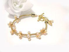 Pink Pearl bracelet Gold wire crochet Unique Delicate by FestiJe, #wedding #pearl #bracelet