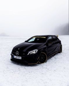 💛❄ ➖ Yellow details bring out very well in the snow 💛❄ ➖ Mercedes Benz Amg, New Mercedes, The Snow, Classe A Amg, Mercedes Hatchback, Custom Cars, Custom Wheels, Yellow Car, Hot Cars