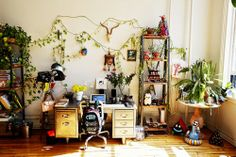 design is mine : isn't it lovely?: INTERIOR INSPIRATION : I WANT YOUR SKULLS.