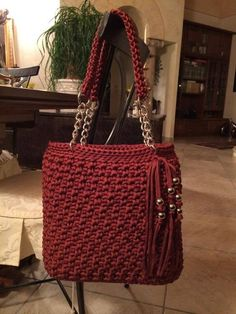 "New Cheap Bags. The location where building and construction meets style, beaded crochet is the act of using beads to decorate crocheted products. ""Crochet"" is derived fro Crotchet Bags, Knitted Bags, Diy Crafts Crochet, Diy Bags Purses, Yarn Bag, Handbag Patterns, Crochet Handbags, Crochet Accessories, Handmade Bags"
