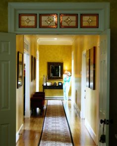 4 section interior transom with amber border, features two inverted clear bevel tulips.