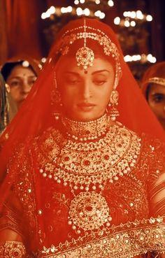 Beautiful Bride, Most Beautiful, Jodhaa Akbar, Bengali Bridal Makeup, Actress Aishwarya Rai, Pure Beauty, Savage, Diva, Bollywood