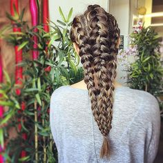 Need a new Summer braid idea? These braided hairstyles from Sarah Potempa are original and gorgeous! This three-part Dutch braid looks a lot more complicated than it is! It's easy, we promise.