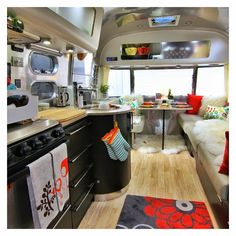 163 mejores im genes de decoracion caravanas y furgonetas aliner campers van y vintage - Decoracion interior caravanas ...