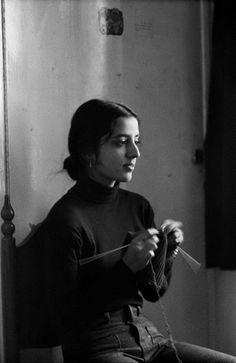"Pablo Bartholomew - ""Medha knitting - New Delhi, 1974"""