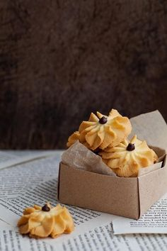 erinnish: Butter Cookies for Chinese New Year! No Bake Cookies, Cookies Et Biscuits, Yummy Cookies, Cake Cookies, Cupcakes, Kolaci I Torte, Galletas Cookies, Italian Cookies, Köstliche Desserts