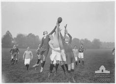 Soldiers playing Australian Rules football Australian Football, Man About Town, Anzac Day, History Images, Those Were The Days, Lest We Forget, World War One, First Girl, Black And White Photography