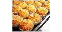 MAGDALENAS CASERAS ESPONJOSA ( BADAJOZ) Donut Recipes, Muffin Recipes, Mexican Food Recipes, Sweet Recipes, Cooking Recipes, Bread Recipes, Mexican Sweet Breads, Mexican Bread, Muffins
