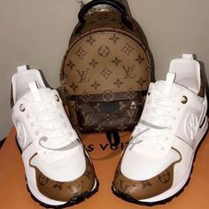 Image of Signature Runway Set (Shoes & Bag) Lv Sneakers, Louis Vuitton Shoes Sneakers, Leather Sneakers, Sneakers Fashion, Lv Shoes, Nike Air Shoes, Cute Shoes, Me Too Shoes, Shoes Men