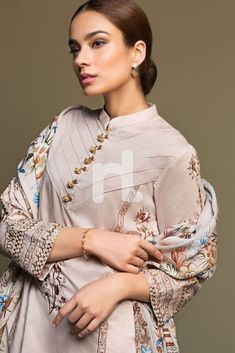 Nishat Linen Unstitched Winter Karandi Collection 2020 Neck Designs For Suits, Sleeves Designs For Dresses, Neckline Designs, Dress Neck Designs, Sleeve Designs, Simple Pakistani Dresses, Pakistani Fashion Casual, Pakistani Dress Design, Pakistani Outfits