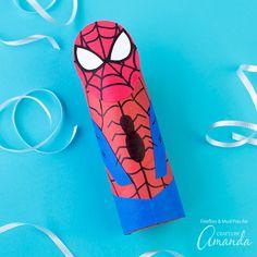 40+ kreatív ötlet gyerekeknek, mindet percek alatt elkészítheted,  #csináldmagad #DIY #fa #figura #füzér #gömb #hercegnő #karton #kavics #konzerv #kreatív #ötlet #papír #új #vizipisztoly #lufi #oroszlán #Spiderman #kartonpapír #wcguriga #rajz #tenyér #talp #kéz #láb #lenyomat #minion #superman #batman #wonderwoman #bábu #méhecske #szellem #ballon #rakéta #zászló #pálca #varázspálca #hajó #vitorláshajó #bélyegző #robotmax #papírlegyező, https://www.otthon24.hu/40-kreativ-otlet-gyerekeknek/